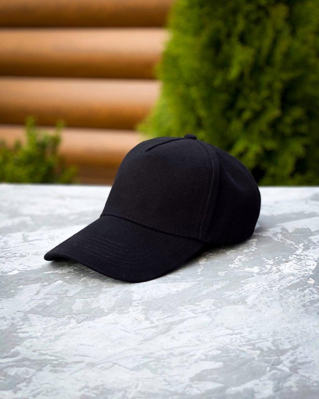 Кепка черная без принта