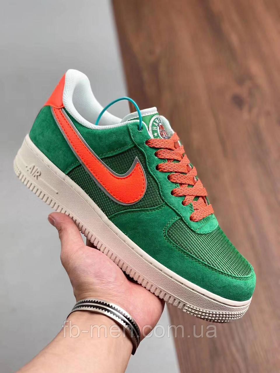 Кроссовки Nike зеленого цвета замшевые