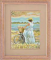 Вышивка крестиком. Набор для вышивания счетный крест. Девушка на велосипеде.