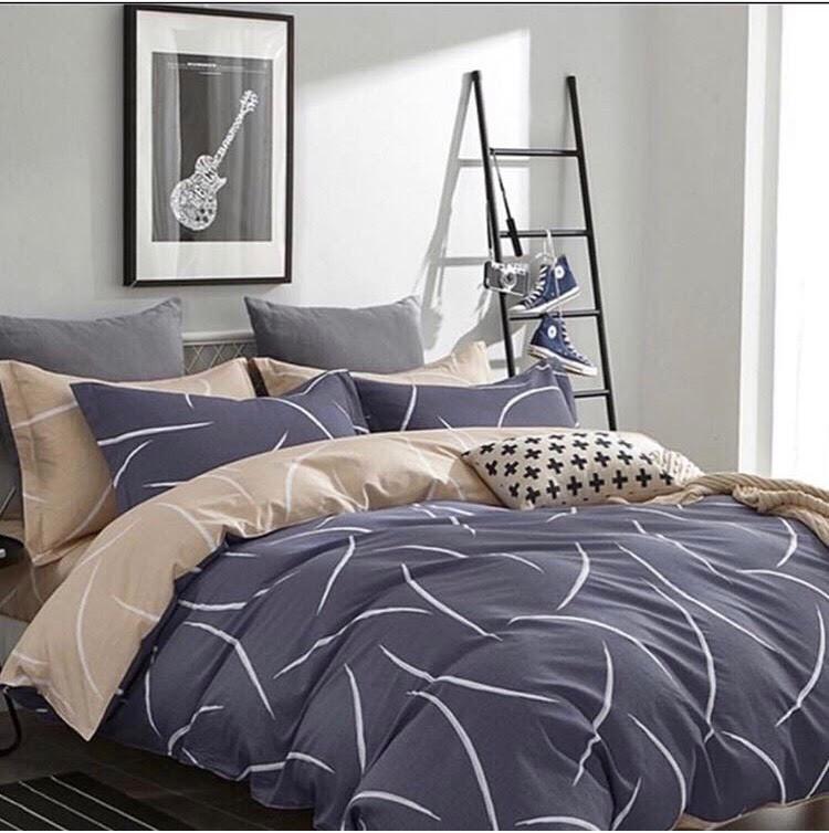 Комплект красивого постельного белья семейка, серое