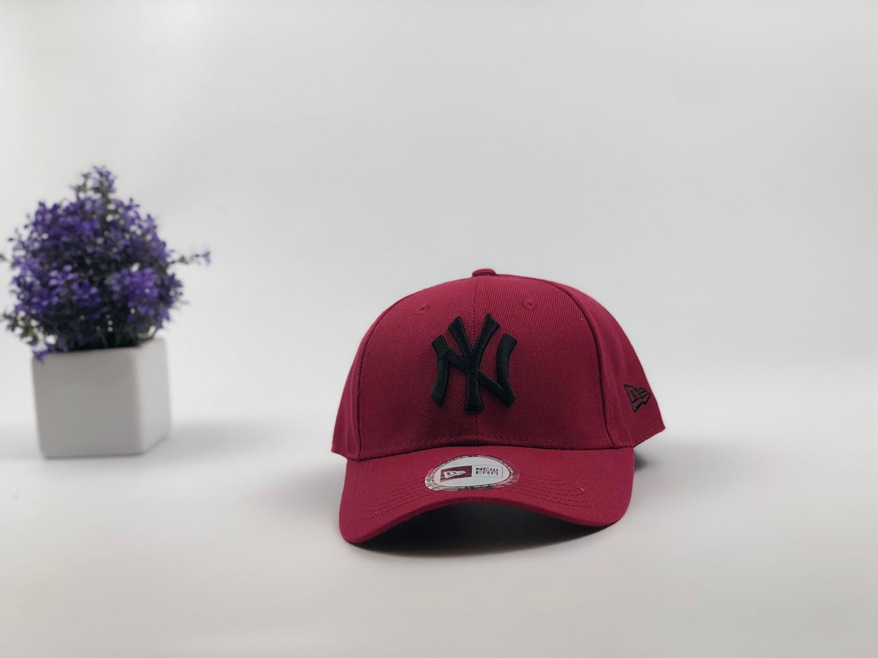 Кепка бейсболка New York Yankees с наклейками (бордовая с черным лого)