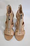 Ультрамодные женские бежевые босоножки на каблуках. Ультрамодні жіночі босоніжки на каблуках., фото 5