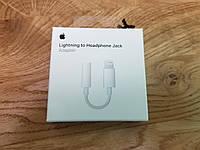 Адаптер (переходник) Apple Lightning A1749 на 3.5mm Headphones, для наушников Original