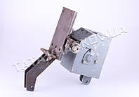 Промежуточный редуктор с навесным механизмом