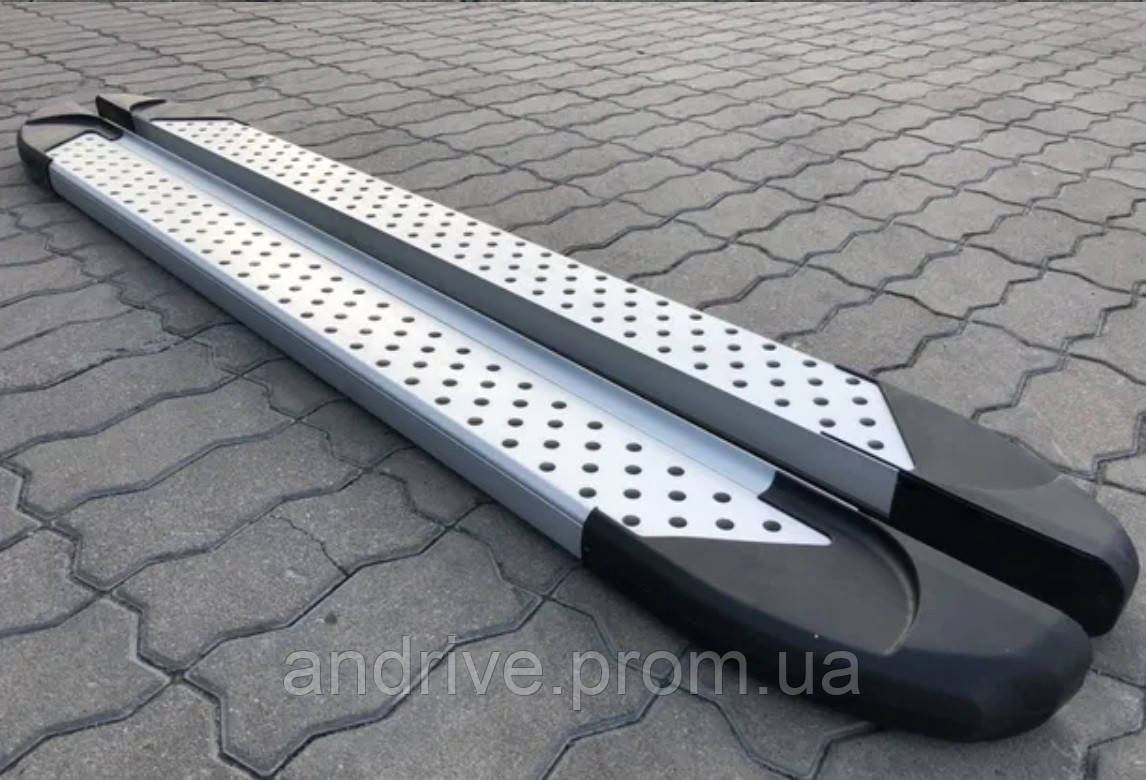Пороги боковые (подножки профильные) Dacia Dokker 2012+
