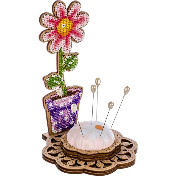 Игольница набор для вышивки бисером Цветочек