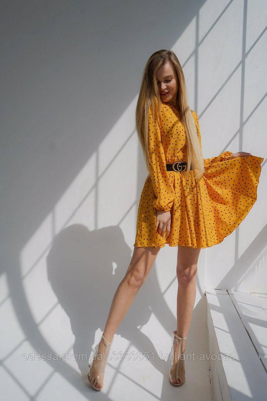 Платье в горошек в большой цветовой гамме