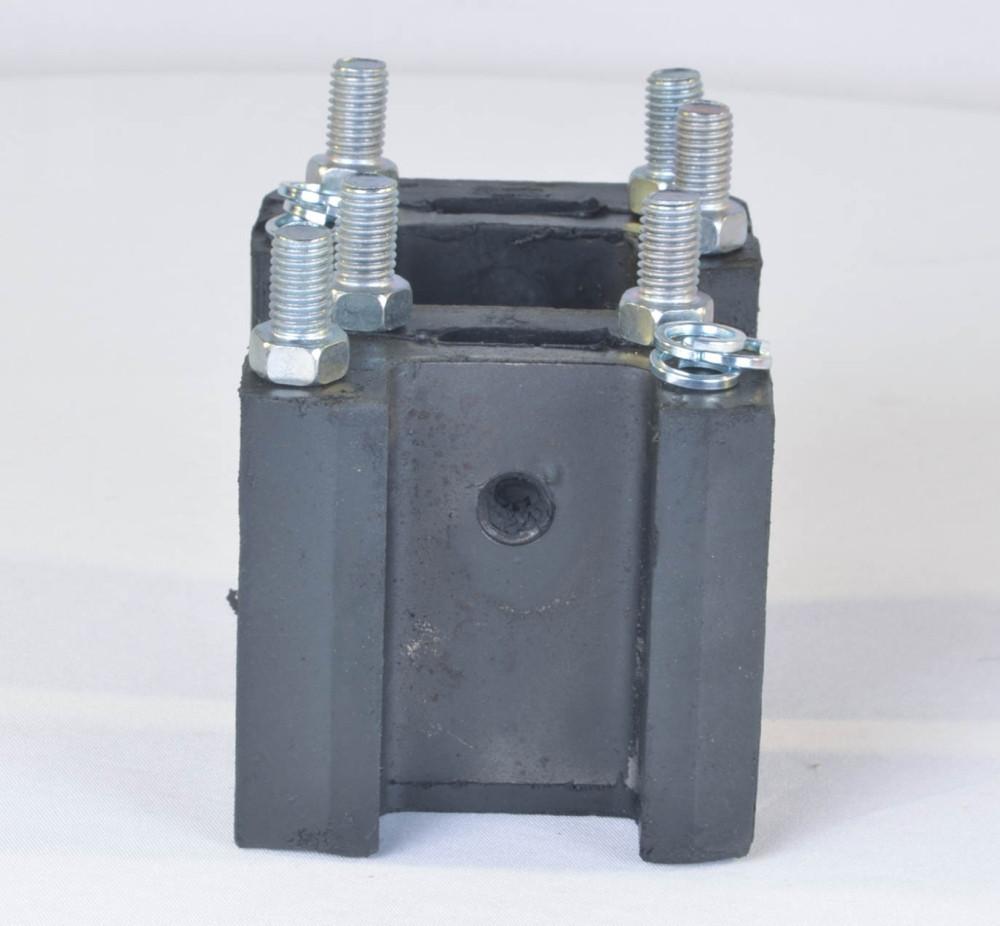 Комплект кріплення опори двигуна передня в зборі ГАЗ 53 (2 подушки(копито),болти,шайби) (арт. 66-1001020/2)