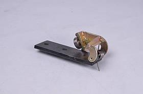 Каретка отъездной двери средней направляющей (с роликом) с кронштейном 2705 (производство Россия) (арт.