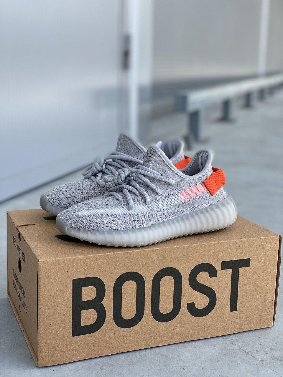 Мужские кроссовки Adidas Yeezy 350 PA133 серые