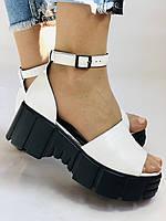 Хіт! Модні жіночі босоніжки на середній танкетці.Білі.Натуральна шкіра.Туреччина. Розмір 37,40. Vellena, фото 6