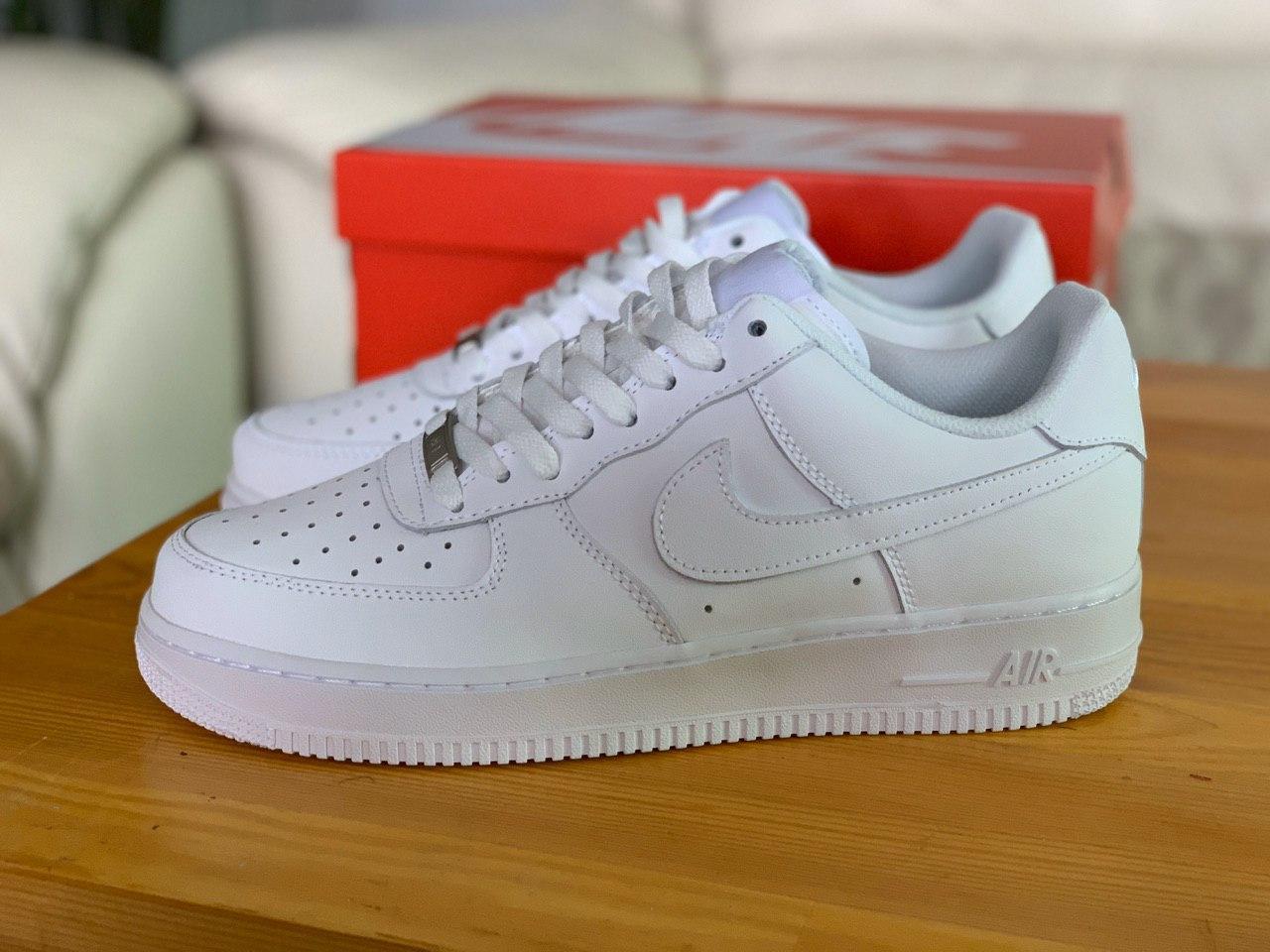 Кроссовки  белые низкие Nike Air Force Найк Аир Форс (36,37)
