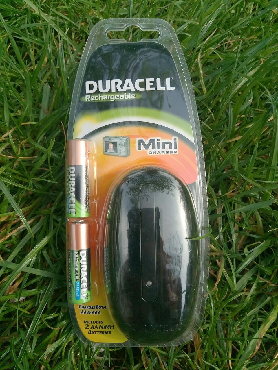 Зарядное устройство Duracell CEF20EU