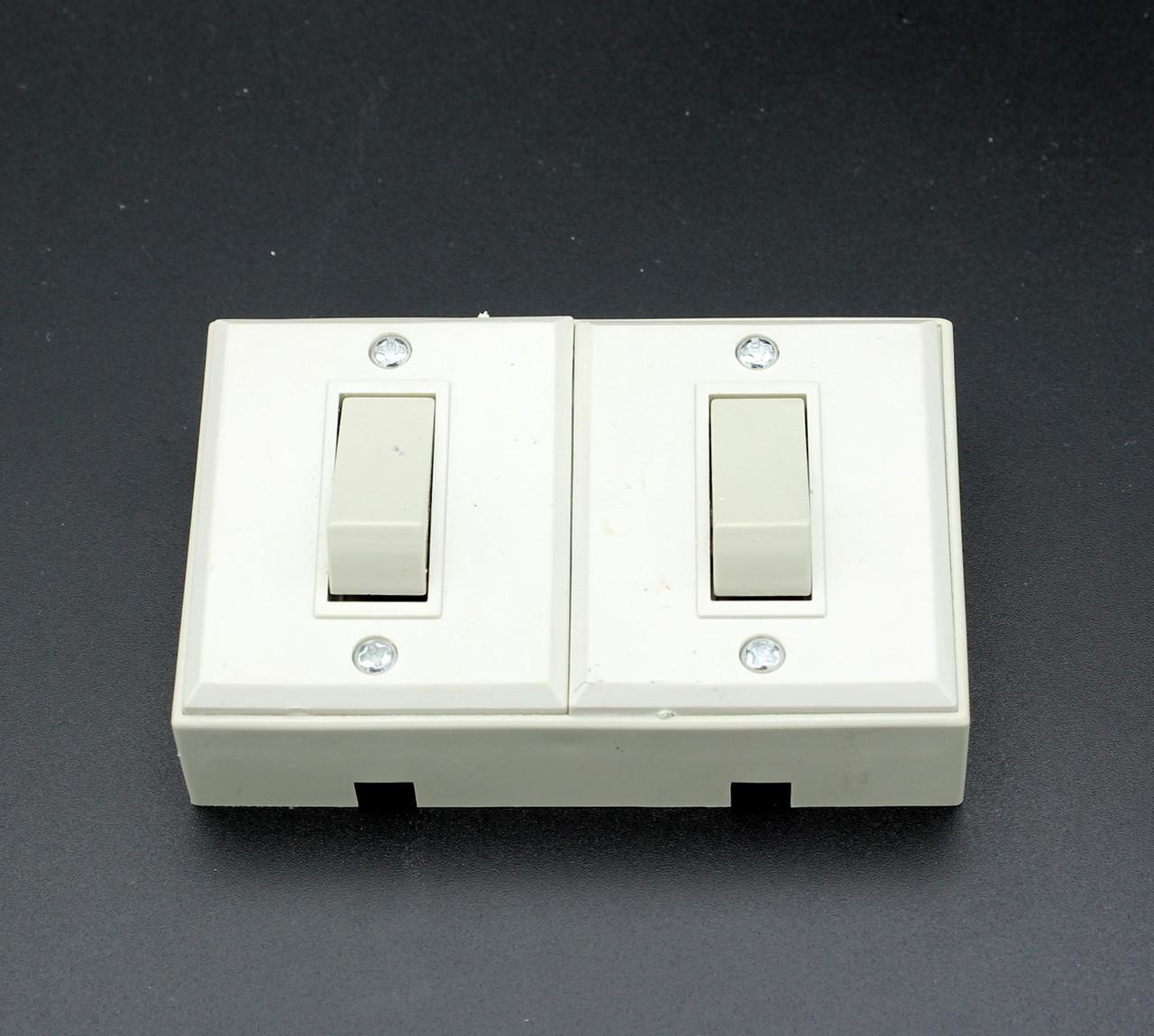 "Выключатель ""Ingelect"" двойной накладная - наружная, 10А-220V. Распродажа"