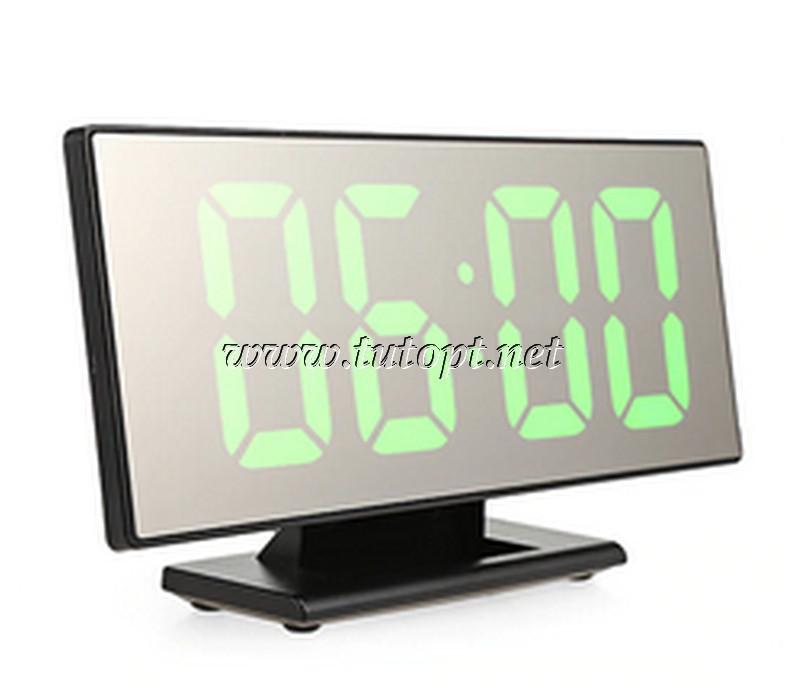 """Электронный будильник DS-3618L """"Зелёная подсветка"""""""