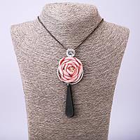 """Подвеска """"Роза"""" из ткани на длинной цепочке на затяжке, длина 70см"""