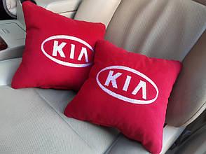 "Автомобильная подушка  с логотипом ""Kia"""