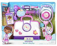 Медицинский набор Доктора Плюшевей кейс доктора Disney Junior Doc McStuffins Toy Hospital Doctor's Bag Set