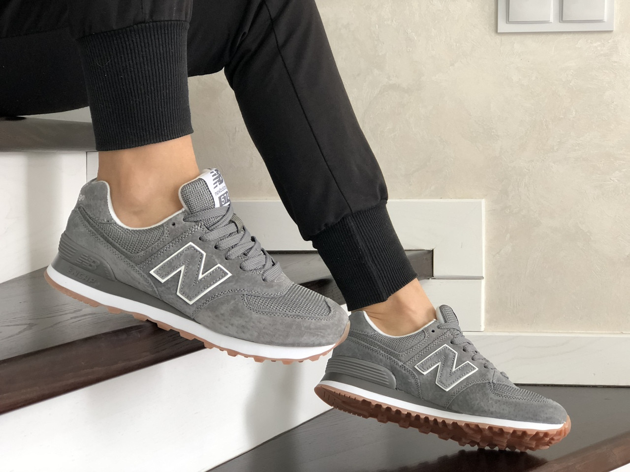 Замшевые женские кроссовки New Balance 574, серые / подростковые Нью Баланс (Топ реплика ААА+)