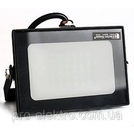 ElectroHouse LED прожектор 30W 6000K 2700Lm IP65