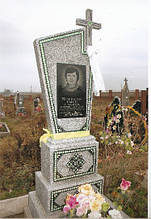 Пам'ятники з мармурової крихти, м.Луцьк