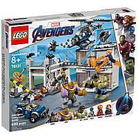Конструктор LEGO Marvel Comics Битва на базе Мстителей 699 деталей (76131), фото 1
