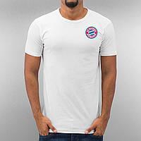 Белая футбольная футболка в стиле FC Bayern Munich   Бавария Мюнхен лого