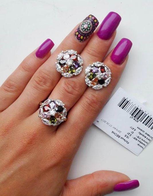 Круглый, серебряный комплект с разноцветными камнями Весна