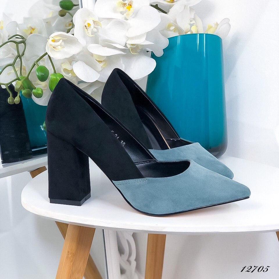 Женские туфли с острым носком из эко-замши