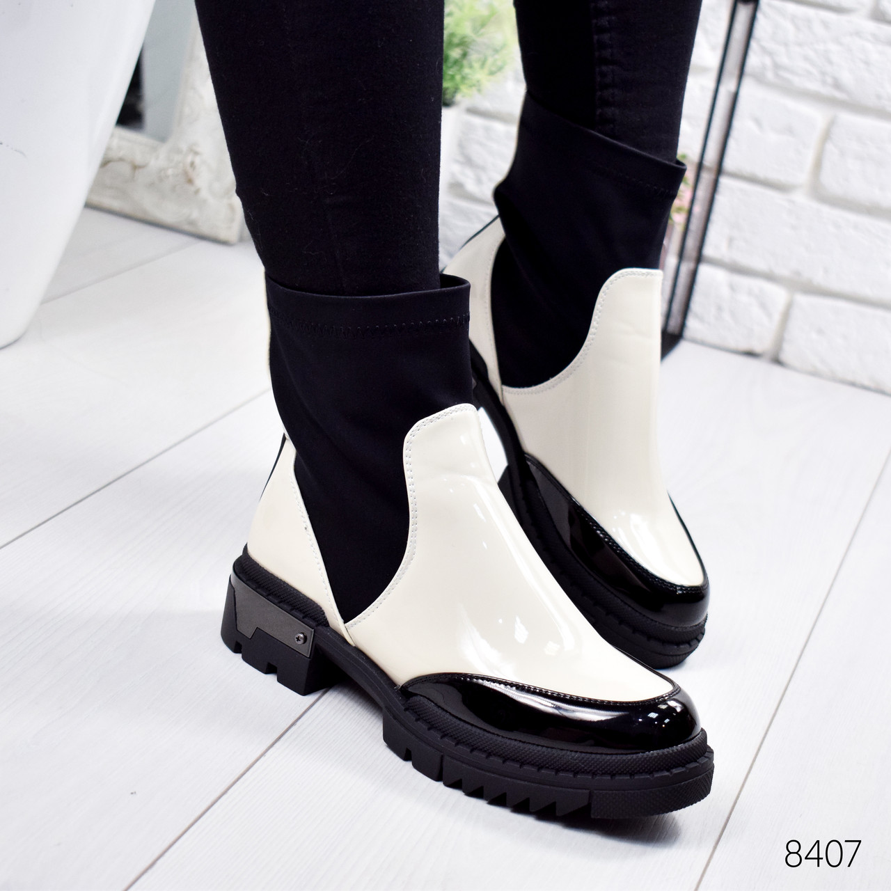 Ботинки женские Rita черные + светло бежевый 8407