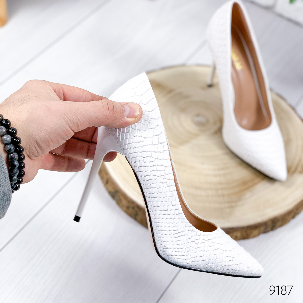Туфли женские Stella питон белые 9187