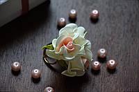 Колечко цветочное слоновая кость из фоамирана