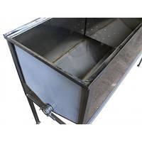 Стол пасечный (приспособление) для распечатывания сотов (1,5 м / 0,5 лист с плоской корзиной)