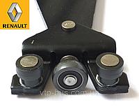 Ролики правой раздвижной двери с рычагом (низ) на Renault Trafic с 2001... Renault (оригинал) 7700312012