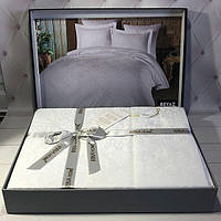 Шикарное жаккардовое постельное белье Irina Турция Евро 200*220 Цвет Крем 100% Хлопок