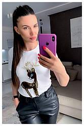 Женская белая футболка с аппликацией  Люкс Качество (Фабричный Китай)