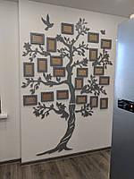 """Деревянная настенная мультирамка, панно """"Семейное дерево"""" с декоративными элементами на 20 рамок"""