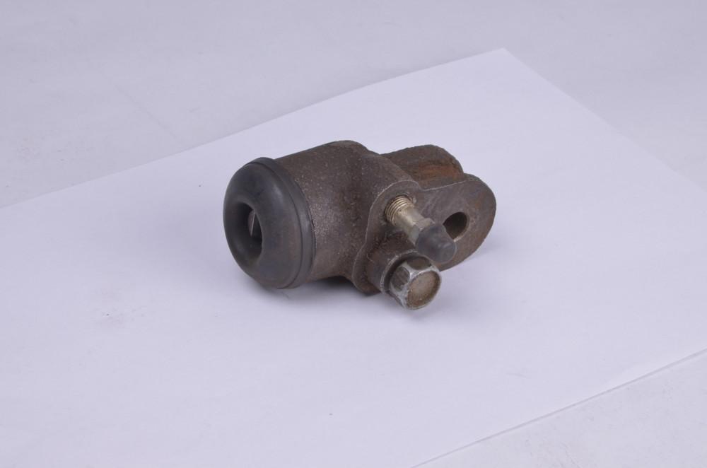 Цилиндр тормозной рабочий задний УАЗ 452,469 cт. обр. d=32 мм.  (арт. 469-3502040-01), rqz1