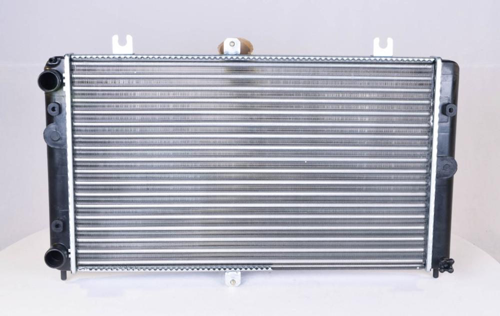 Радиатор водяного охлаждения ВАЗ 2170 ПРИОРА (арт. 2170-1301012), rqv1qttr