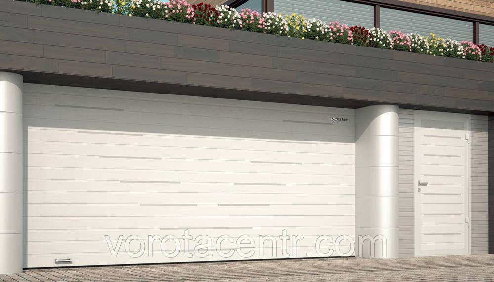Ворота секционные гаражные DoorHan
