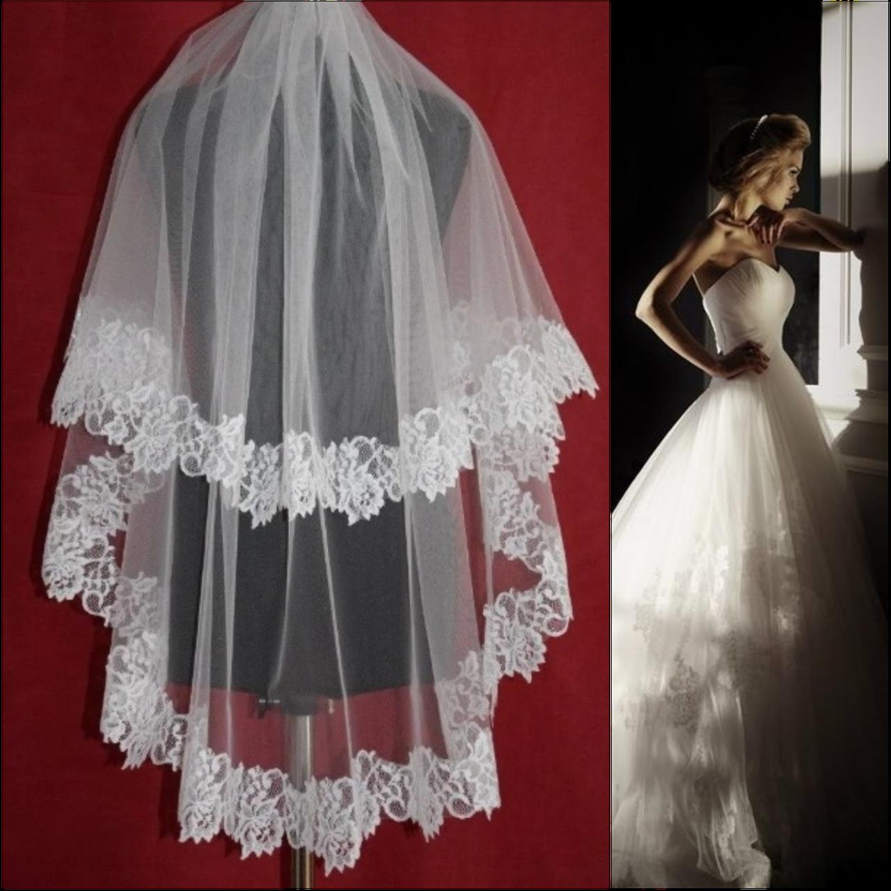 Двухъярусная свадебная Фата средней длины с кружевом шантильи SF для Невесты белая (sf-018)