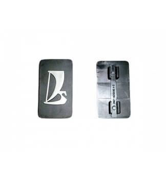 Эмблема на решетку LADA 2107 на защелке