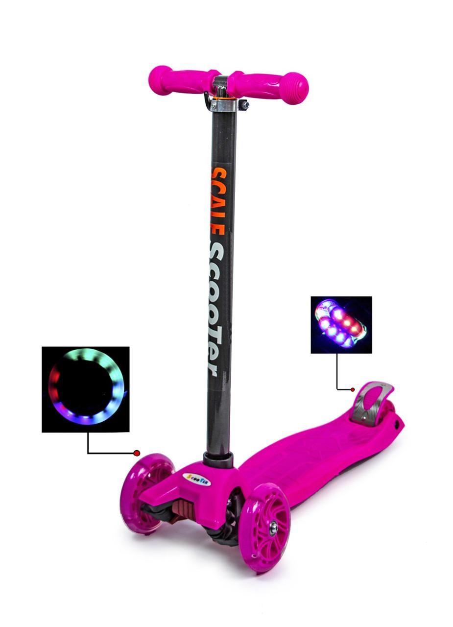 Самокат четырехколесный детский с подсветкой MAXI (Pink)