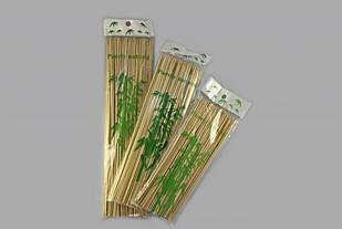 Шашличні палички ТМ Помічниця 2.5х25см 100 шт