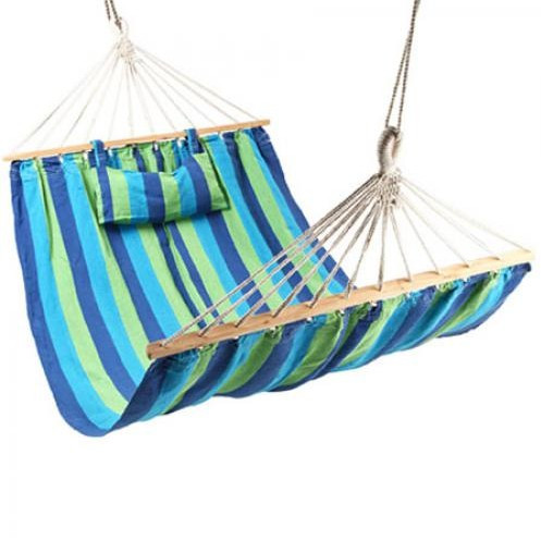 Подвесной гамак тканевый с подушкой и деревянной перекладиной для туризма и дачи 200 х 100 см нагрузка до 110