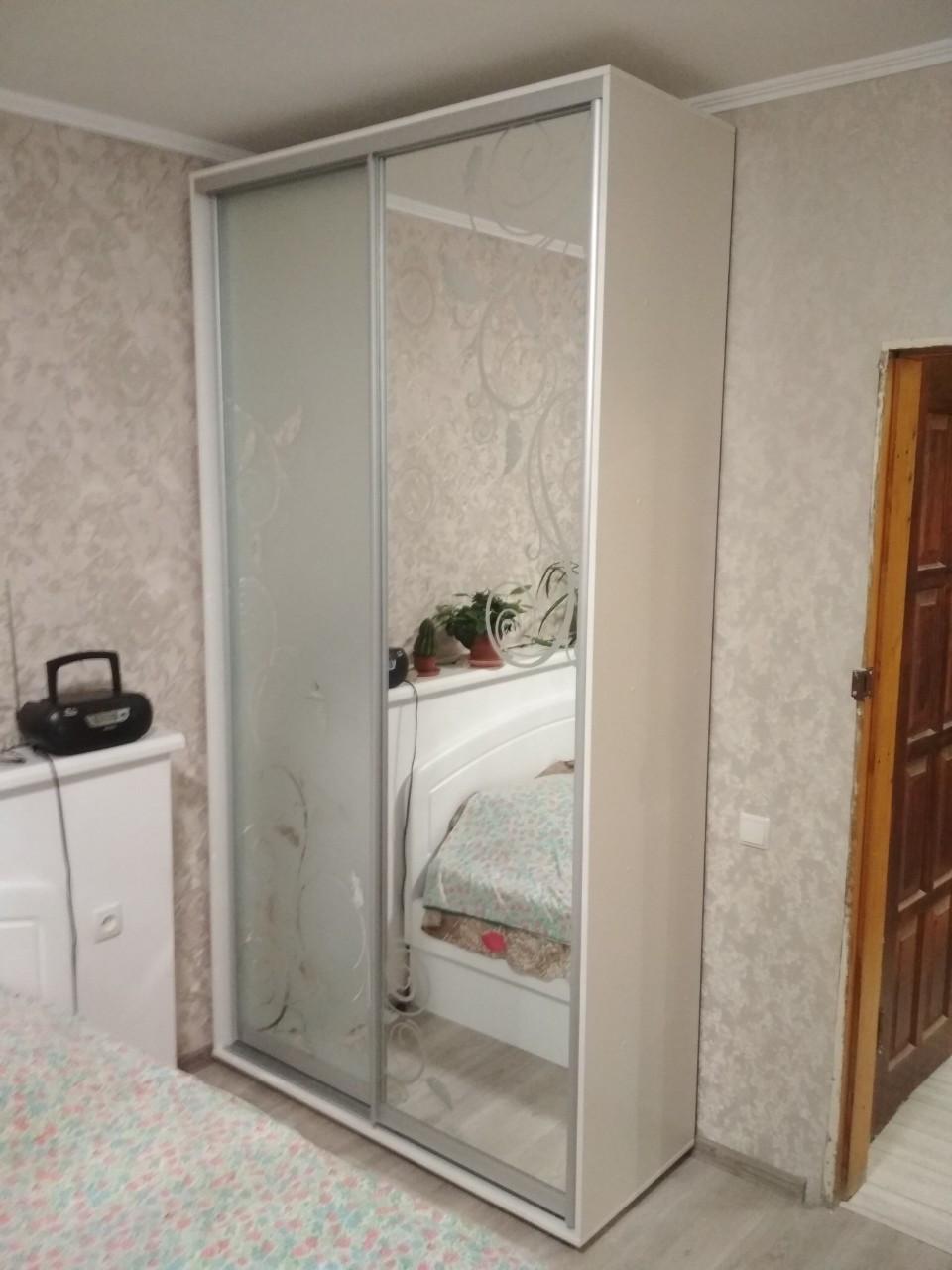 Шкаф-купе 150x60x240 см - две двери - зеркало или ДСП - МФ Влаби - Одесса