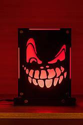 Декоративный настольный ночник Маска Злая ухмылка, теневой светильник, несколько подсветок (батарейка+220В)