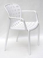 Кресло пластиковое для дачи, террас, веранд, беседок, летних кафе, сада Gari ARM