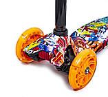 Самокат трехколесный детский Maxi Graffity светящиеся колеса, фото 4
