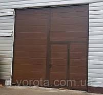 Ворота распашные гаражные 3600×3600 с врезной калиткой (полотно из сендвич-панелей), фото 2